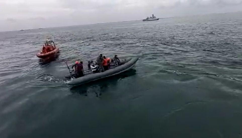 https: img.okezone.com content 2021 01 11 337 2342487 analisah-knkt-pesawat-sriwijaya-air-pecah-ketika-jatuh-ke-laut-wG5xhxAi4P.jpg