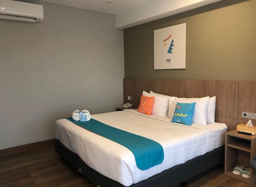 https: img.okezone.com content 2021 01 11 406 2342383 rekomendasi-hotel-untuk-staycation-bersama-keluarga-di-akhir-pekan-M2j5Udux1w.JPG