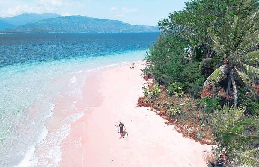 https: img.okezone.com content 2021 01 11 408 2342247 3-tempat-wisata-memikat-di-gorontalo-bisa-hiking-hingga-snorkeling-iG4nWi9a4Q.JPG