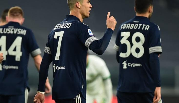 https: img.okezone.com content 2021 01 11 47 2342229 daftar-top-skor-liga-italia-cristiano-ronaldo-masih-belum-terbendung-CUvU9ZzMN2.jpg