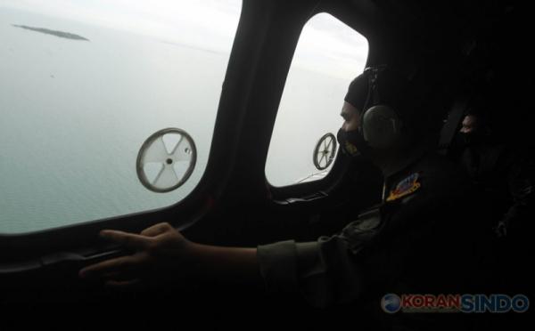https: img.okezone.com content 2021 01 12 337 2343020 knkt-sebut-ketinggian-pesawat-sriwijaya-air-sj-182-terakhir-di-250-kaki-K5yVfgfOPB.jpg