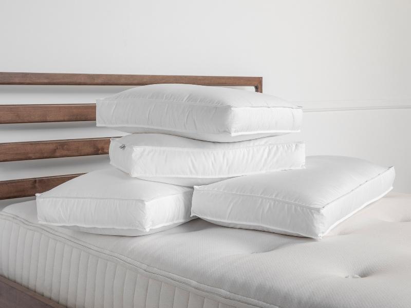 https: img.okezone.com content 2021 01 12 470 2343113 4-cara-membuat-tempat-tidur-ideal-temukan-bantal-terbaik-hoL1XCLUe5.jpg