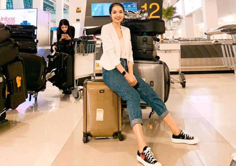 https: img.okezone.com content 2021 01 13 406 2343751 pramugari-sisi-asih-ungkap-arti-lambaian-tangan-kru-bandara-saat-pesawat-take-off-fm8FjB0C6P.jpg