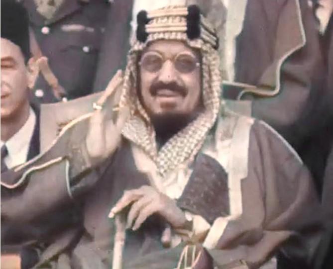 https: img.okezone.com content 2021 01 13 406 2343857 museum-digital-hidupkan-kembali-gambar-gambar-bersejarah-arab-saudi-DEbL7XkJMP.jpg