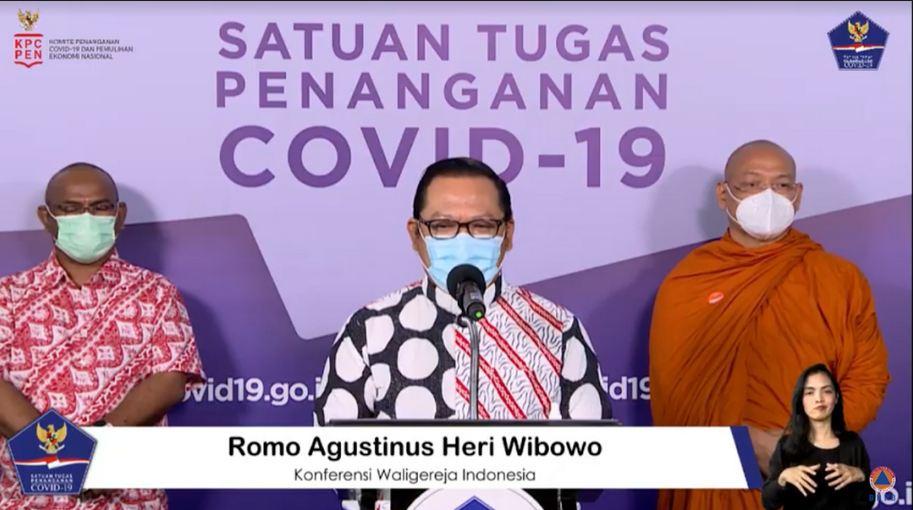 https: img.okezone.com content 2021 01 14 337 2344172 usai-divaksin-bersama-presiden-jokowi-romo-agustinus-saya-merasa-lebih-damai-jj1IphMK5z.JPG