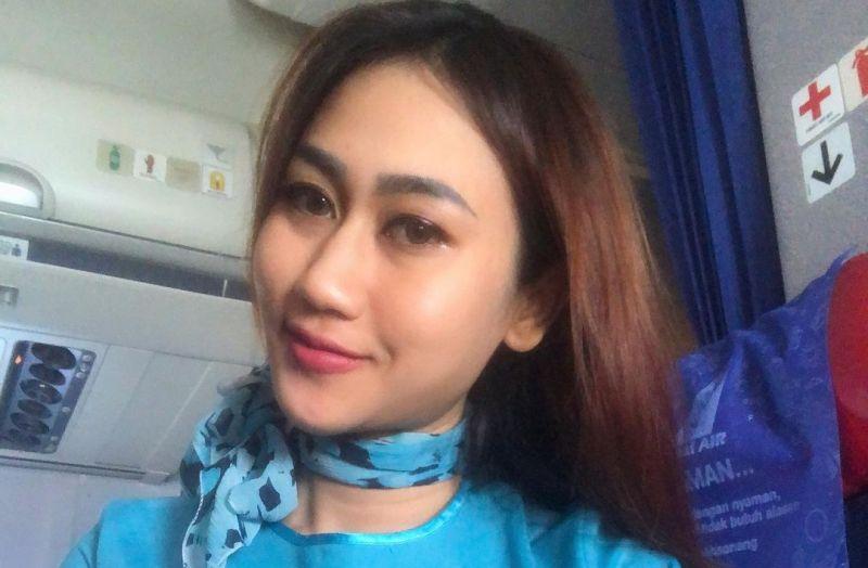 https: img.okezone.com content 2021 01 14 406 2344362 ungkapan-sedih-pramugari-nam-air-yuni-untuk-awak-kabin-sriwijaya-air-182-EkoKVzd0nh.jpg