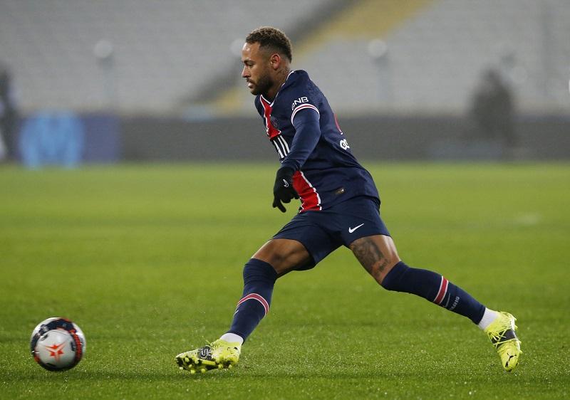 https: img.okezone.com content 2021 01 14 51 2344388 berseteru-lagi-bek-marseille-sebut-neymar-jr-sampah-8HYo0UmsFR.JPG