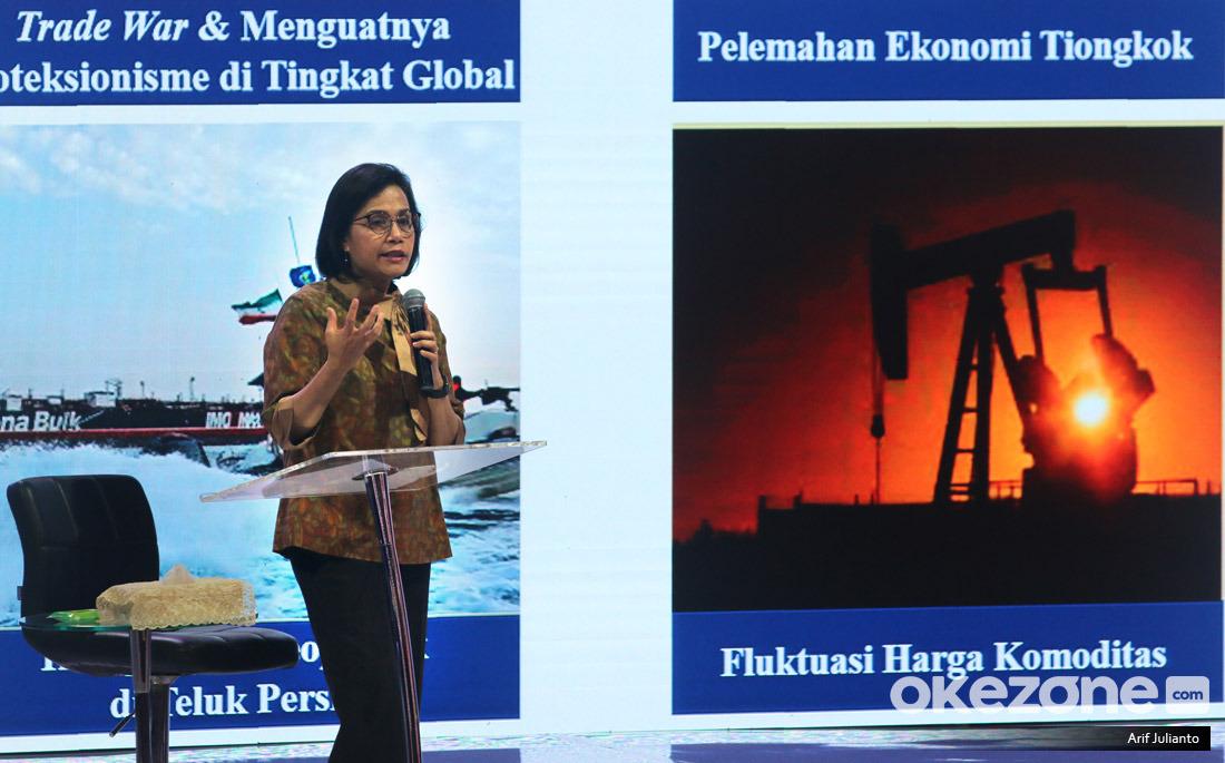 https: img.okezone.com content 2021 01 15 320 2345124 sri-mulyani-separuh-penduduk-indonesia-tinggal-di-pedesaan-w6pRNJ5RmF.jpeg
