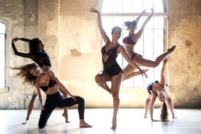 https: img.okezone.com content 2021 01 15 51 2345115 intip-georgina-rodriguez-muda-beraksi-menari-balet-Cb8554iY3e.jpg
