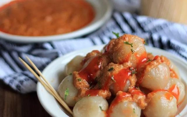https: img.okezone.com content 2021 01 17 298 2345835 resep-akhir-pekan-cilok-mozzarella-rasanya-enak-gurih-bikin-ketagihan-hnRnd76C3M.jpg