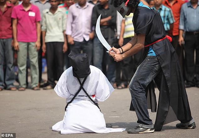 https: img.okezone.com content 2021 01 19 18 2346803 arab-saudi-pangkas-hukuman-mati-dari-184-menjadi-27-eksekusi-xVnbJucxle.jpg