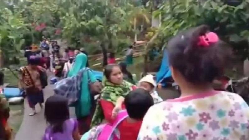 https: img.okezone.com content 2021 01 19 340 2346869 sekampung-selamat-dari-gempa-majene-warga-pertolongan-allah-firasat-kami-menyuruh-mengungsi-jRtLgmtH9X.jpg