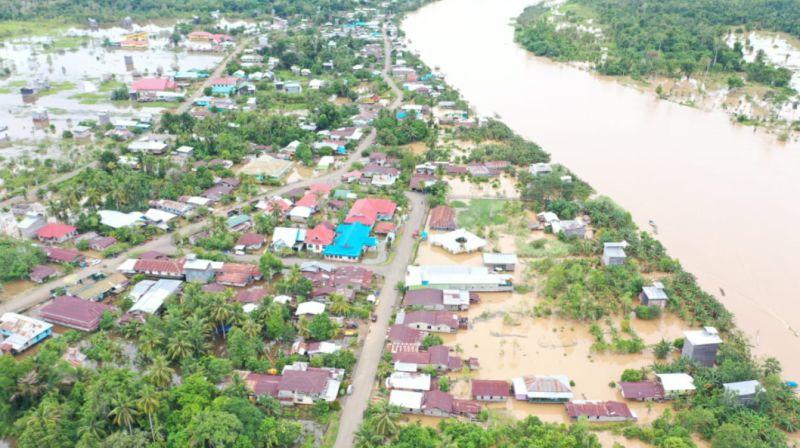 https: img.okezone.com content 2021 01 19 340 2347034 533-rumah-terendam-banjir-di-kabupaten-nunukan-w6E65jUFAv.jpg