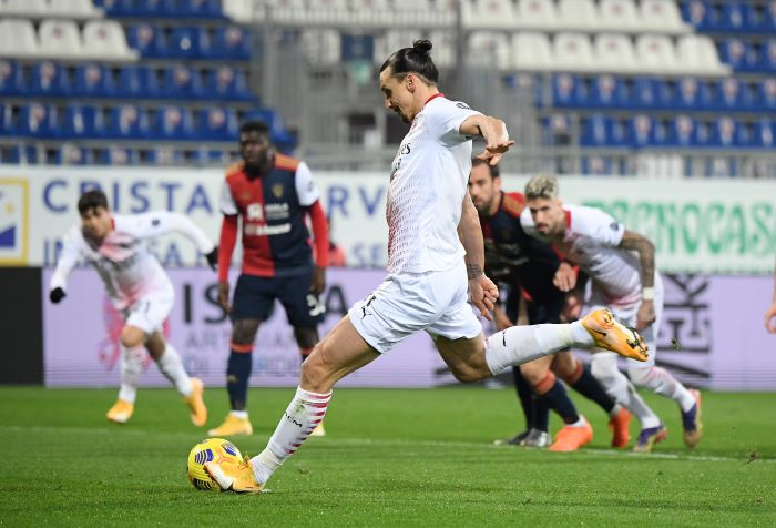 https: img.okezone.com content 2021 01 19 47 2346711 penalti-zlatan-ibrahimovic-bawa-ac-milan-ungguli-cagliari-di-babak-pertama-jwwsbcwkuV.JPG