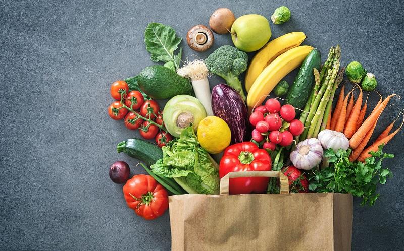 https: img.okezone.com content 2021 01 19 481 2347344 kurang-makan-buah-dan-sayuran-tubuh-bisa-alami-6-efek-buruk-ini-BxGDz2u7F0.jpg