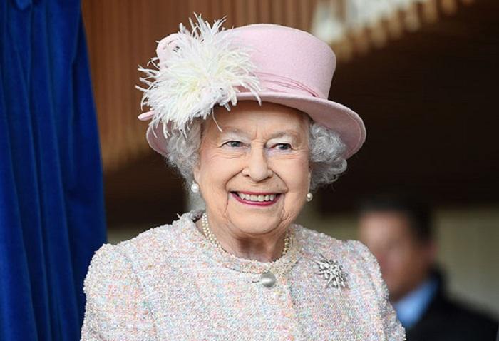 https: img.okezone.com content 2021 01 21 18 2348211 para-pemimpin-negara-banjiri-ucapan-selamat-untuk-biden-harris-ratu-elizabeth-kirim-pesan-pribadi-sebelum-pelantikan-2c5eMekKjq.jpg