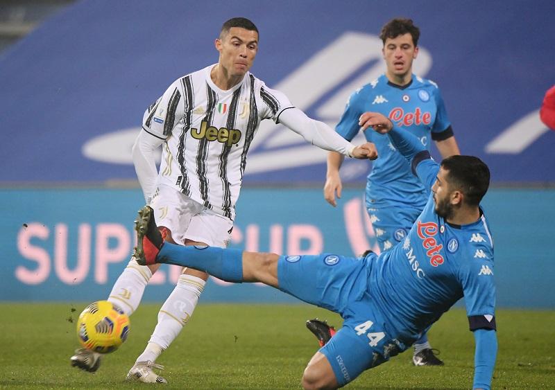 Babak Pertama Juventus vs Napoli Berakhir 0-0 : Okezone Bola