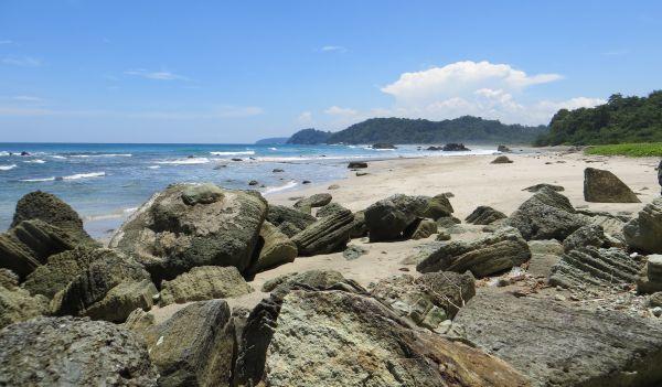 Bukan Hanya Penjara, Ini 5 Destinasi Wisata Keren di Pulau Nusakambangan :  Okezone Travel