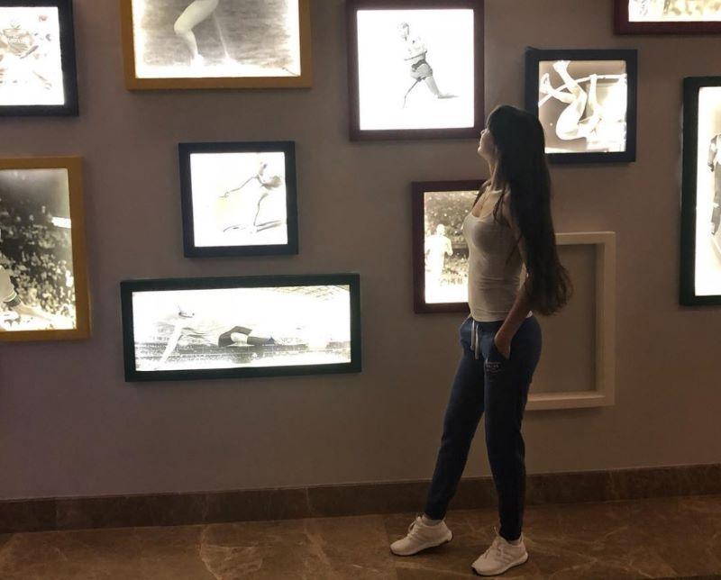 https: img.okezone.com content 2021 01 22 43 2348753 kecantikan-pevoli-sabina-altynbekova-pernah-dieksploitasi-di-jepang-vDr2TiHK00.jpg
