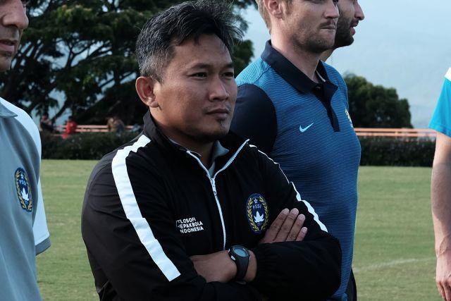 https: img.okezone.com content 2021 01 22 51 2348746 rudy-eka-jadi-pelatih-timnas-indonesia-putri-KfAHdIgIos.jpg