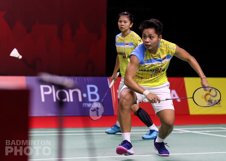 https: img.okezone.com content 2021 01 23 40 2349614 terhenti-di-semifinal-thailand-open-2021-greysia-apriyani-kami-sudah-coba-yang-terbaik-alGLvcuNG2.jpg