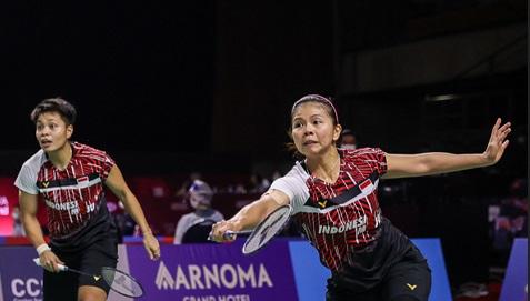 https: img.okezone.com content 2021 01 23 40 2349620 faktor-kelelahan-bikin-greysia-apriyani-tak-optimal-di-semifinal-thailand-open-2021-hXkgjUyhfg.jpg