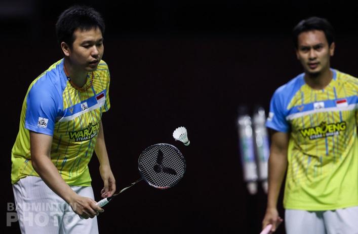 https: img.okezone.com content 2021 01 24 40 2349697 terhenti-di-semifinal-thailand-open-2021-ahsan-hendra-akui-lawan-tampil-lebih-baik-Qa1o6a7Ca2.jpg