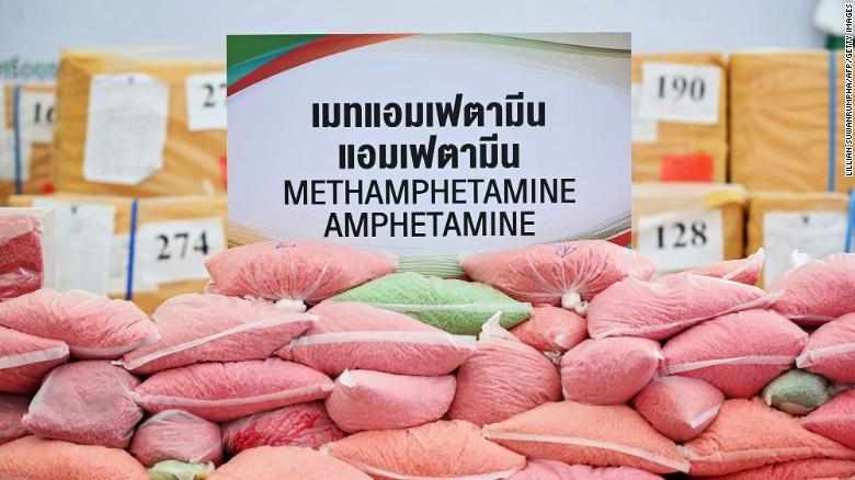 https: img.okezone.com content 2021 01 25 18 2350134 buronan-gembong-narkoba-terbesar-dalam-sejarah-asia-ditangkap-di-belanda-c7uMbs3ua7.jpg