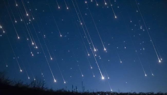 https: img.okezone.com content 2021 01 25 244 2350446 lapan-menduga-dentuman-keras-di-buleleng-bali-meteor-jatuh-cjyAtucNsK.jpg