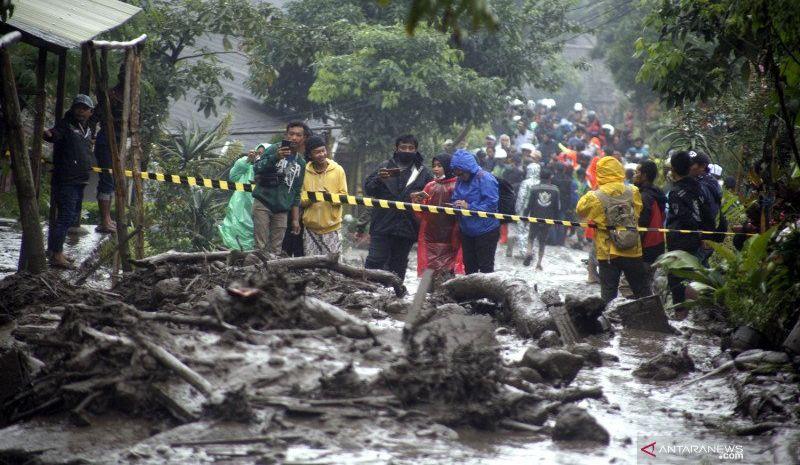 https: img.okezone.com content 2021 01 25 338 2350196 waspada-gunung-mas-bogor-belum-lepas-dari-ancaman-banjir-bandang-SR6WOeUo8H.jpg