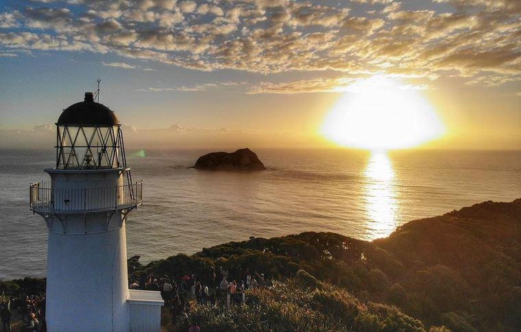 https: img.okezone.com content 2021 01 27 408 2351534 east-cape-spot-terbaik-melihat-matahari-terbit-di-selandia-baru-cONs48v0K8.JPG