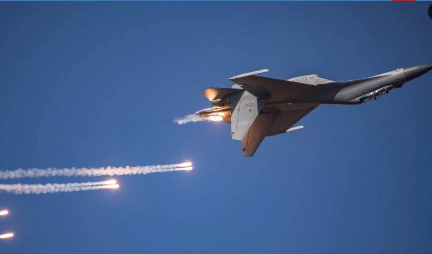 https: img.okezone.com content 2021 01 28 18 2352074 pesawat-tempur-lalu-lalang-di-atas-taiwan-china-itu-sebuah-peringatan-a3Os6pOLFb.JPG