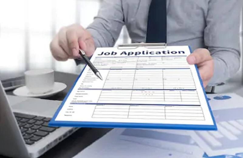 https: img.okezone.com content 2021 01 28 455 2352434 lowongan-kerja-di-bumn-lulusan-d3-ada-kesempatan-u8xrCX9fk5.jpg