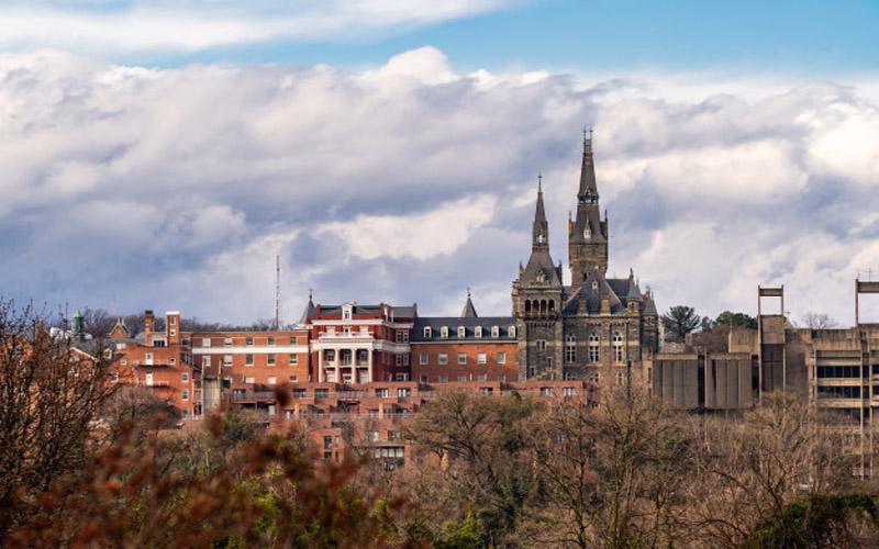 https: img.okezone.com content 2021 01 28 65 2352464 university-of-washington-jadi-kampus-terbaik-di-dunia-OrdW2dRoML.jpg