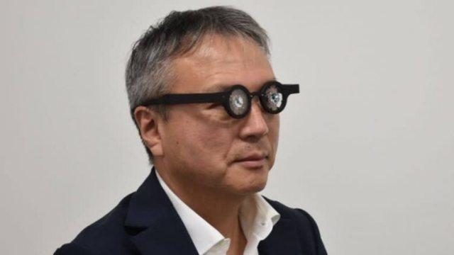 https: img.okezone.com content 2021 01 29 612 2352964 pakai-kacamata-pintar-ini-90-menit-diklaim-bisa-sembuhkan-rabun-jauh-t8BgZdZ1vu.jpg