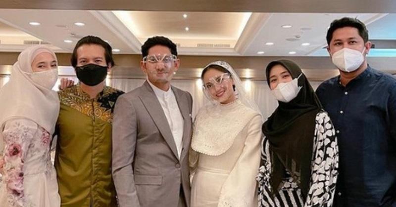 https: img.okezone.com content 2021 01 30 33 2353494 selamat-ibnu-jamil-dan-ririn-ekawati-resmi-menikah-tZaLZ4qi4X.jpg