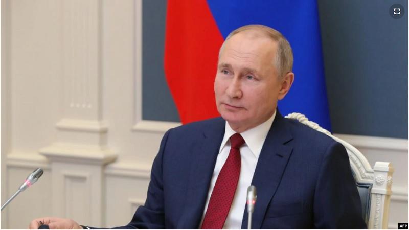 https: img.okezone.com content 2021 01 31 18 2353755 putin-tandatangani-perpanjangan-perjanjian-nuklir-rusia-as-terbaru-2rNMtL1d2R.jpg