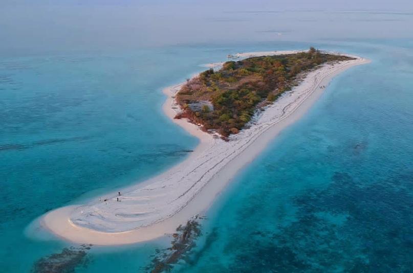 https: img.okezone.com content 2021 01 31 406 2354064 viral-pulau-lantigiang-dijual-rp900-juta-yuk-intip-keindahannya-lvJwmrJAmY.jpg