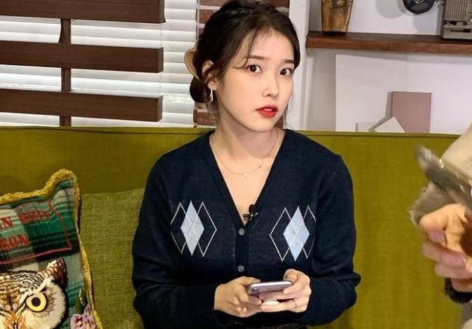 https: img.okezone.com content 2021 02 01 206 2354505 iu-gabung-film-broker-susul-bae-doona-song-kang-ho-dan-kang-dong-won-i2G9QNSfBu.jpg