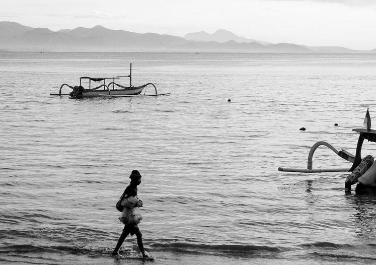 https: img.okezone.com content 2021 02 01 406 2354164 wisatawan-ke-pantai-sanur-wajib-rapid-test-antigen-d95SUK8key.JPG
