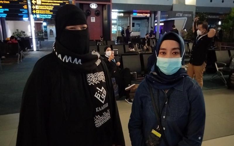 https: img.okezone.com content 2021 02 01 614 2354357 ketat-tapi-nyaman-begini-protokol-kesehatan-penerbangan-jamaah-umrah-indonesia-r6gAJKi6Jt.jpg