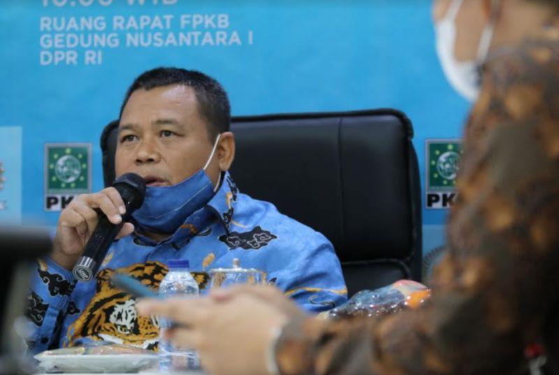 https: img.okezone.com content 2021 02 02 337 2355353 pkb-indonesia-bisa-menjadi-mercusuar-energi-terbarukan-UtoasGnzww.jpg