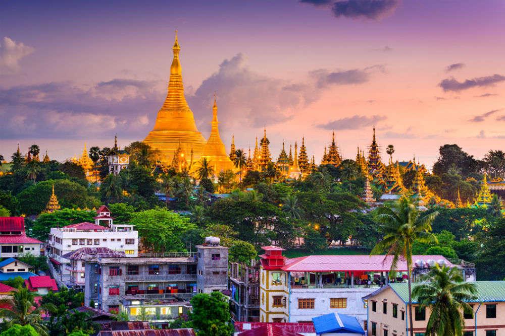 https: img.okezone.com content 2021 02 02 406 2354913 pasca-kudeta-militer-myanmar-tutup-penerbangan-dan-perbatasan-darat-JB95z3EKaP.jpg
