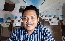 https: img.okezone.com content 2021 02 02 406 2354991 kisah-pramugara-sulap-desa-kelahirannya-jadi-wisata-edukasi-red-angels-w7MXNiUJDp.JPG