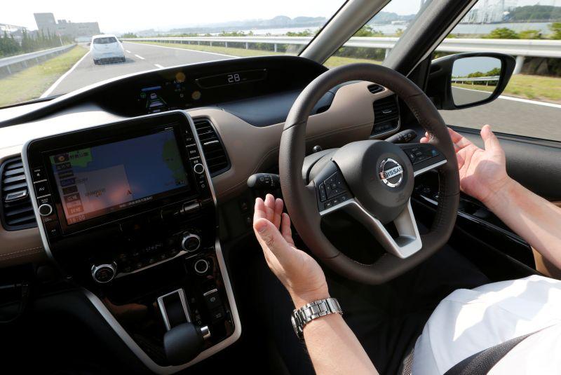 https: img.okezone.com content 2021 02 03 52 2355624 mobil-bergetar-saat-kecepatan-tinggi-ini-penyebabnya-hYXkYKQiwR.jpg