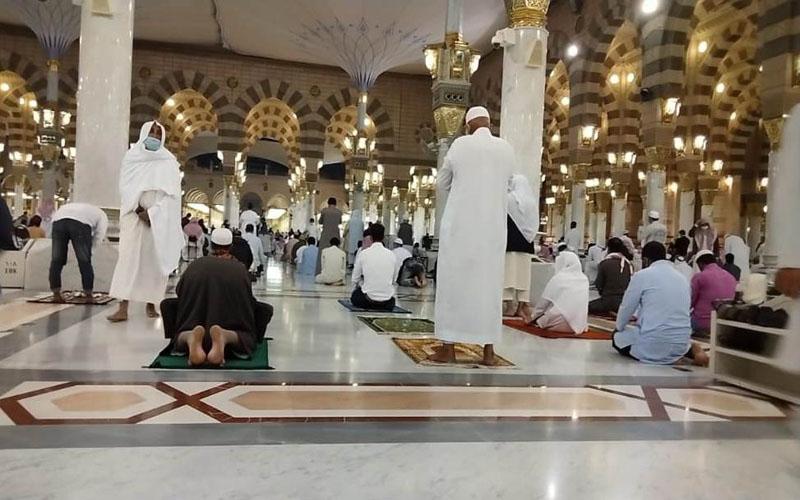 https: img.okezone.com content 2021 02 03 614 2355585 eksklusif-dari-tanah-suci-subhanallah-begini-kondisi-terkini-masjid-nabawi-pelc4de6cm.jpg