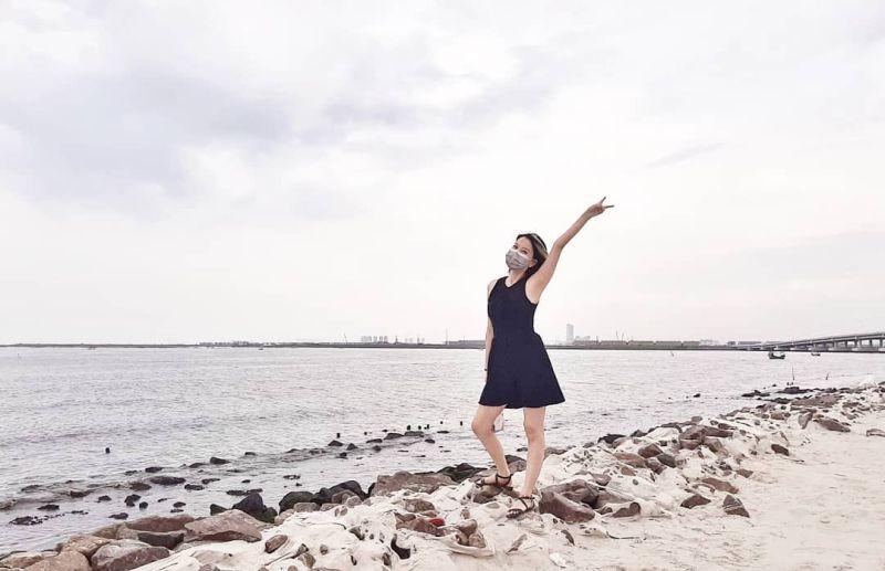 https: img.okezone.com content 2021 02 05 408 2357290 viral-wisata-pantai-di-jakarta-utara-penasaran-pQpl9dHdIx.jpg