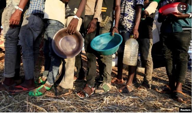 https: img.okezone.com content 2021 02 06 18 2357455 alami-kelaparan-pbb-khawatirkan-kondisi-warga-sipil-di-ethiopia-vOHofgcUf6.jpg