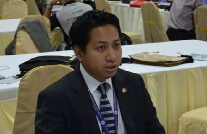 https: img.okezone.com content 2021 02 06 320 2357782 rektor-atma-jaya-kenang-firmanzah-ingat-dulu-ke-kampus-bareng-q5kOMkJISg.jpg