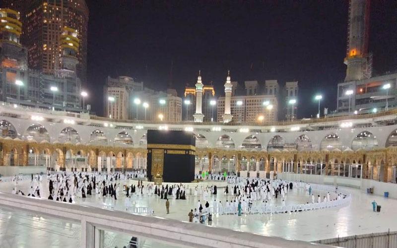 https: img.okezone.com content 2021 02 06 614 2357540 eksklusif-liputan-dari-makkah-begini-kondisi-kakbah-pasca-penutupan-akses-ke-saudi-H3Mp2E446j.jpg